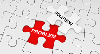 Immagine di A jigsaw with problem and solution pieces